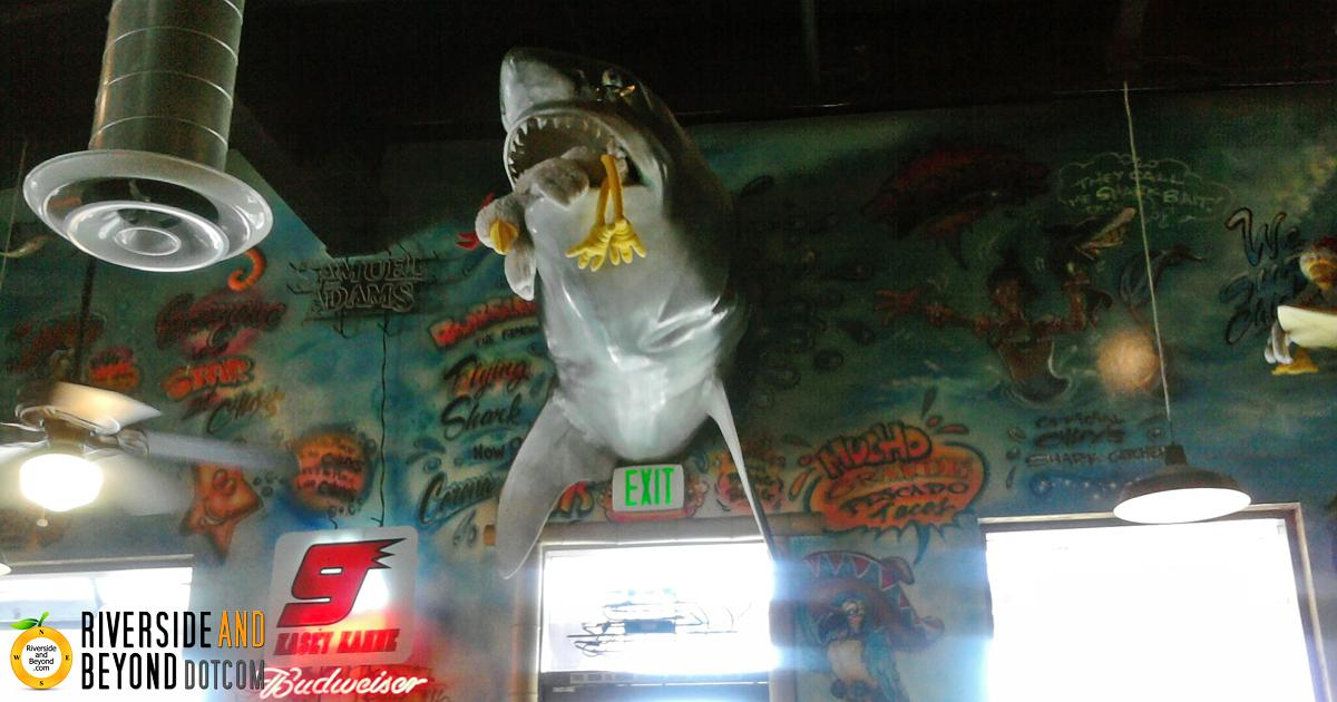 Chuy's Corona - Inside