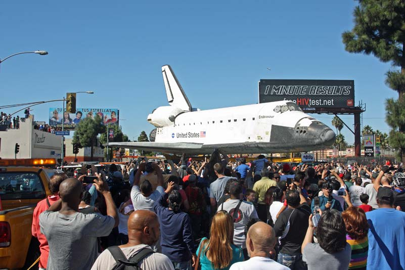 Endeavour and a big crowd