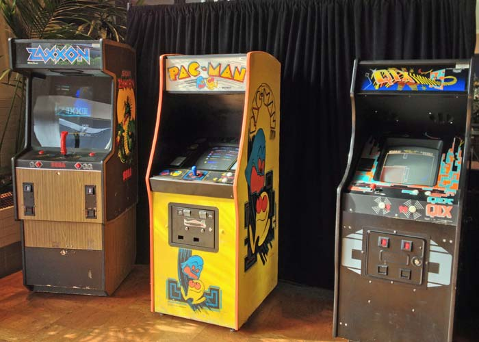 Zaxxon, Pac-Man and Qix at the Starcade in Disneyland