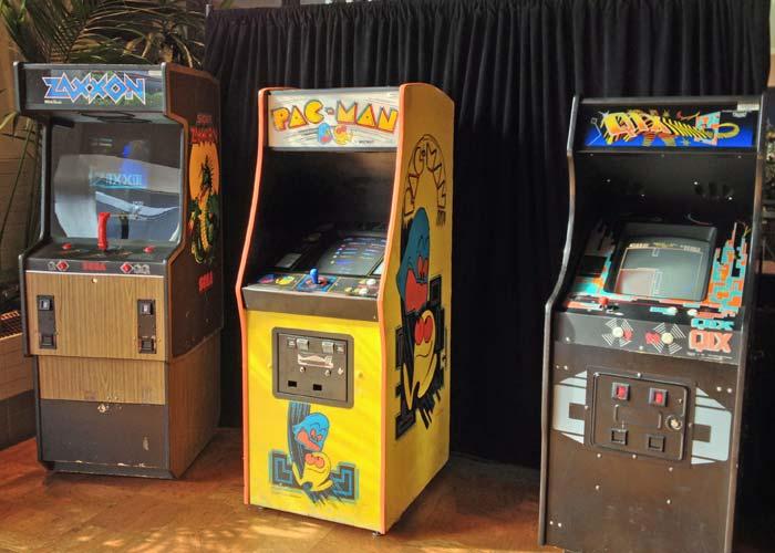Zaxxon, Pac-Man and Qix at the Starcade in Disneyland