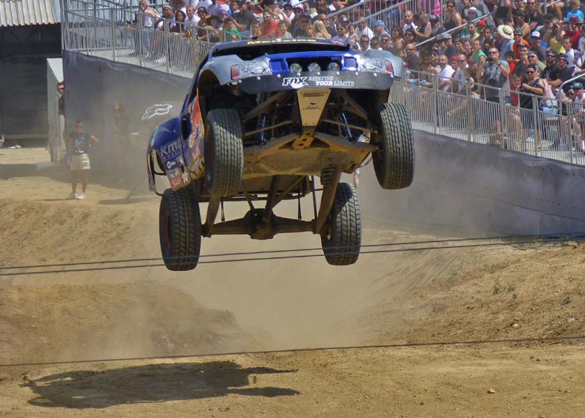 xfighters-20130511-trophy-truck-jump