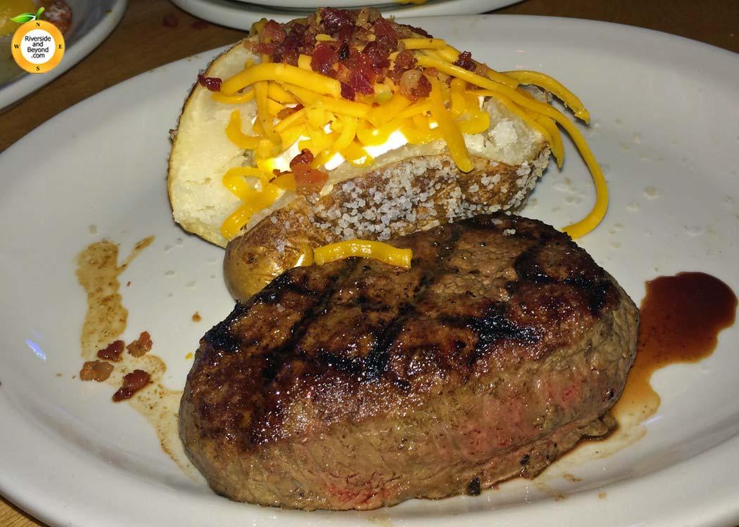 texas-roadhouse-sirloin-20140721-corona