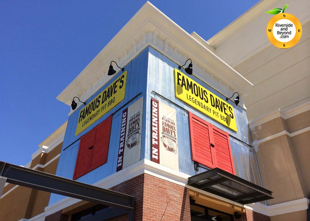 Famous Dave's - Riverside